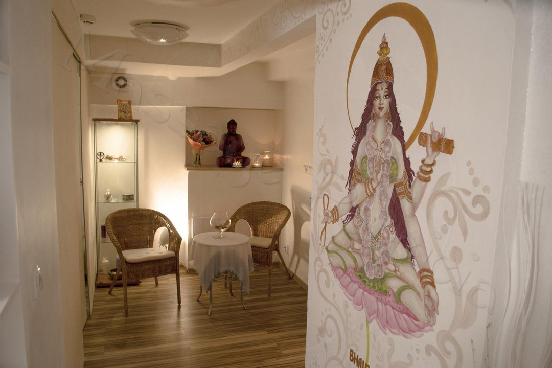 tantra massage studio